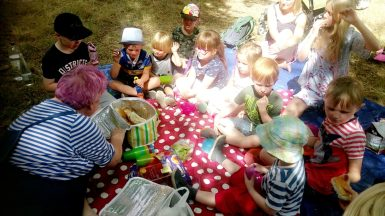 Chill in the Community stories and picnic